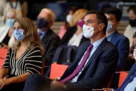 Sánchez confirma que el Consejo de Ministros aprobará este martes la subida del SMI hasta 965 euros