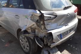 Herida una conductora en un choque en cadena en Santa Eulària