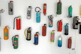 Extintores artísticos para concienciar sobre el cambio climático