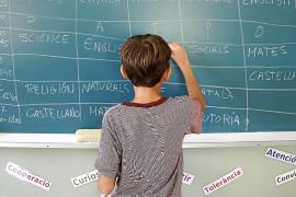 La Llei d' Educació asegura material escolar gratuito para familias vulnerables
