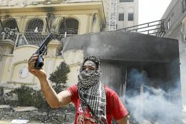 El Ejército irrumpe en la crisis egipcia con un ultimátum a Mursi