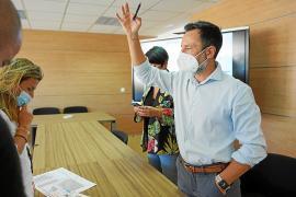Rafa Ruiz traslada al Consell la presión por las 200 plazas que perderá Isidor Macabich