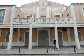 Consell y Vila defienden sus actuaciones en la reforma del Teatro Pereyra