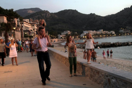 Una asociación invita a la Familia Real a pasar sus vacaciones en la Costa del Sol
