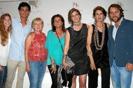Cóctel a beneficio de Amigos de Ositeti en el Club de Mar