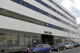 Vila alega que el contrato de concesión entre Consell y  transportistas no puede afectar a la apertura del Cetis