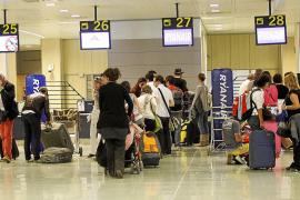 El aeropuerto de Eivissa registra en junio un 6,8% más de pasajeros que hace un año