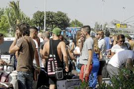 El incremento del 13,4%  de pasajeros extranjeros en las Pitiüses no se traduce en más consumo