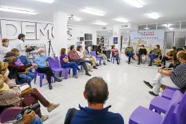 Un acalorado debate sobre los Don Pepe centra la asamblea de vivienda de Podemos