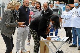 Los vecinos de los Don Pepe consiguen cerca de un millar de firmas en un día