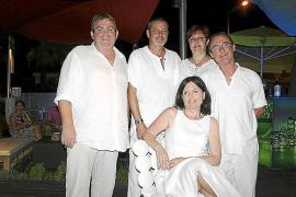 Cena de ex compañeros del colegio Sant Antoni Abad