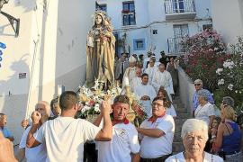 La Virgen del Carmen sigue despertando pasiones