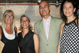 """Inauguración de """"Ensoñaciones"""" de Lucía Vallejo."""