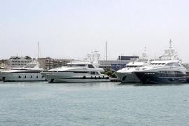 La llegada de la plena ocupación se retrasa en los puertos deportivos en una temporada «irregular e insuficiente»