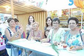Fiesta multicultural en Sa Coma.