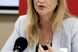 La delegada del Gobierno en Madrid sigue grave tras ser operada para cerrar una arteria