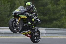 Crutchlow sorprende con el mejor tiempo en Brno en una clasificación en la que Lorenzo fue quinto