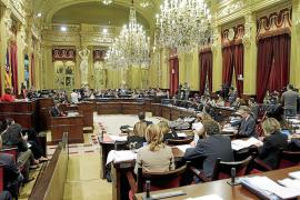 Diez diputados cobran sueldo del Parlament y tienen ingresos de sus negocios privados
