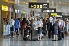 La falta de vuelos provocará otra vez que ningún hotel de cinco estrellas esté abierto en invierno