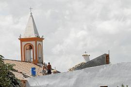El Consell paraliza las obras sin licencia de la casa parroquial de Sant Joan