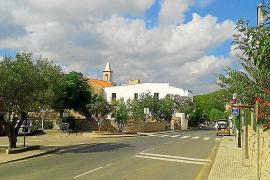 PSOE-Pacte pide la demolición de las obras en la iglesia de Sant Joan