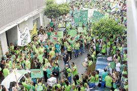 La delegada confiesa estar «muy preocupada» por la situación de la huelga