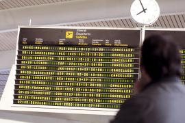 La nube de ceniza volcánica deja 17 vuelos cancelados en Palma