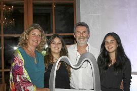 Juan Costa presenta su obra en el Castillo Hotel Son Vida