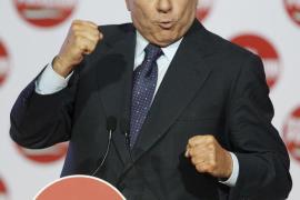 Berlusconi pagará 300.000 euros al mes a su esposa
