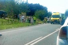 Muere un motorista que embistió a un monovolumen en la carretera de Santa Eulària