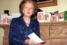 Entierran las cenizas de Margaret Thatcher en un hospital de Londres