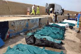 Más de un centenar de inmigrantes fallecen al tratar de alcanzar la isla italiana de Lampedusa