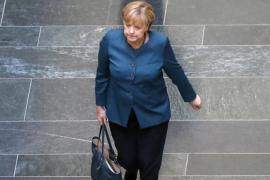 Reducir la deuda e invertir en educación son las prioridades de Merkel