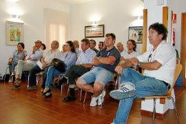 Formentera cierra una «buena temporada» y apuesta  por mantener los precios pese a las quejas de los turistas