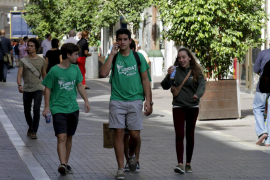 PALMABOTAgent amb camiseta verda