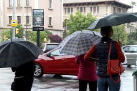 Hoy se esperan lluvias y tormentas en Balears