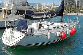 Los ladrones del velero Taboo X lanzan un SOS por el temporal y quedan detenidos por la Guardia Civil