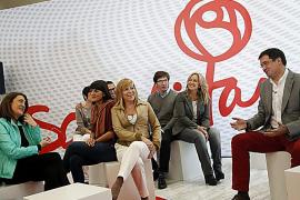 El PSOE propone eximir del IRPF a pensionistas, parados y mileuristas con hijos