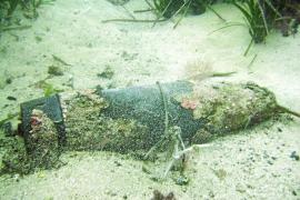 Desactivado un proyectil listo para explotar frente a las costas de Cala Comte