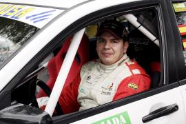 Problemas técnicos relegan a Fernández a la quinta posición