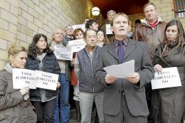 Los abogados protestan contra las tasas judiciales, que cumplen su primer año en vigor