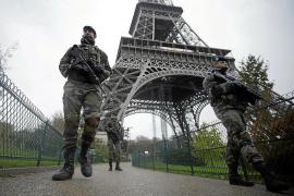 La policía detiene a un sospechoso en relación con los tiroteos de París