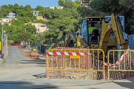 Eivissa prepara ya las canalizaciones para la instalación del cable eléctrico
