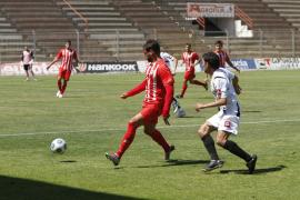 Un gol de Neftalí deja abierta la eliminatoria