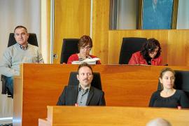 El Consell aprueba sus cuentas con 10,5 millones en «ingresos ficticios», según PSOE-Pacte
