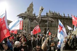 Miles de gallegos piden «dignidad y justicia» tras la sentencia del 'Prestige'