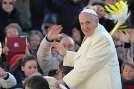 El papa Francisco revela que fue portero de discoteca
