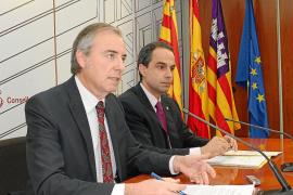 Menorca consigue 200.000 euros más para transporte que Eivissa pese a tener menos población