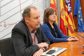 El Consell devolverá los buses a paradas autorizadas como la de Isidor Macabich pese al rechazo de Vila