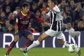 Un Barça serio solventa el trámite para rubricar el pase a octavos (3-0)